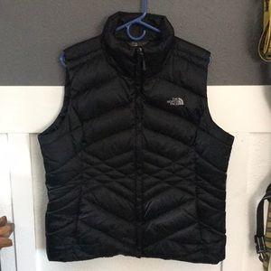 Women's North Face Puffer Vest (Black)